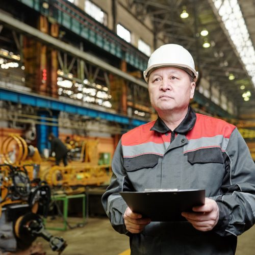Engineer in production plant